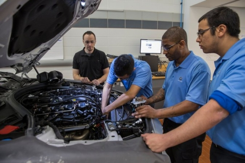 Texas Program 'Jump-Starts Next Generation' Of Motor Vehicle Technicians